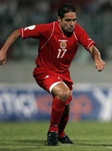 Malta-07-DIADORA-home-red-red-red2.JPG