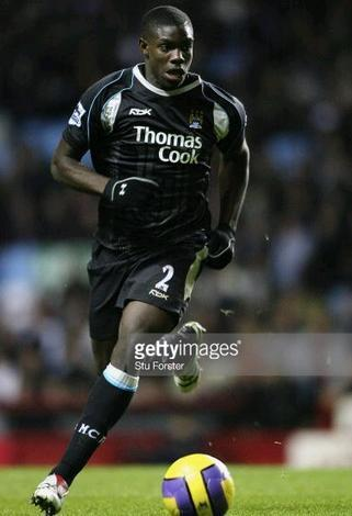 Manchester-City-06-07-Reebok-away-kit.JPG