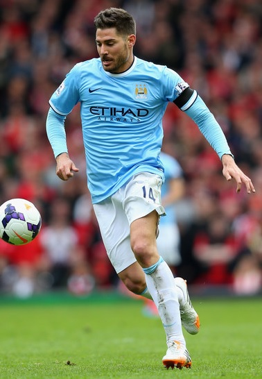 Manchester-City-13-14-NIKE-first-light-blue-white-white.jpg