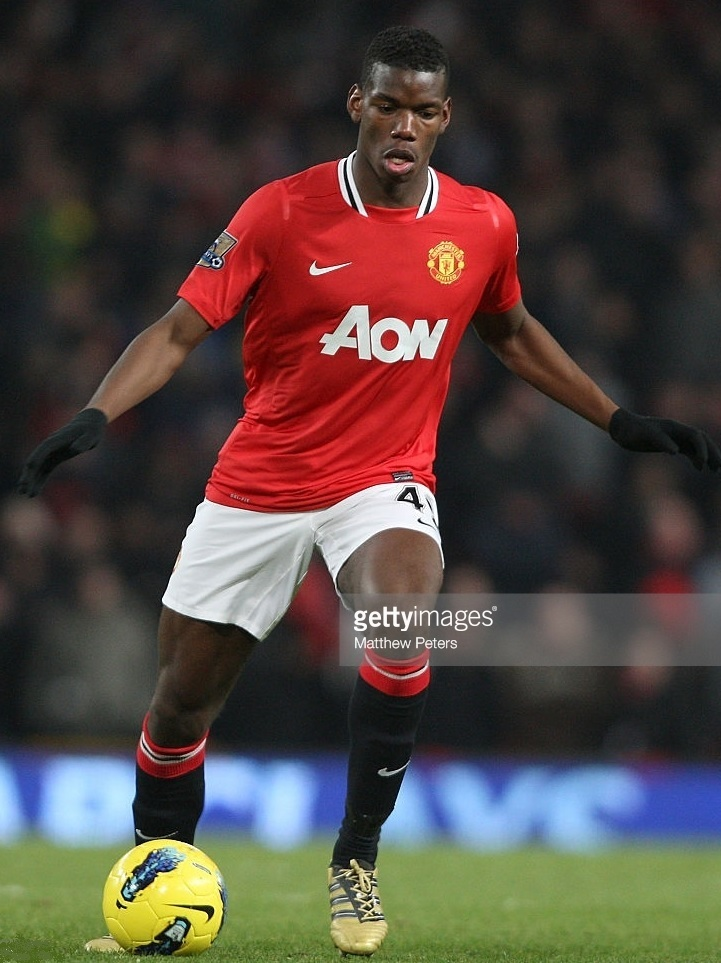 Manchester-United-2011-12-NIKE-home-kit-Paul-Pogba.jpg