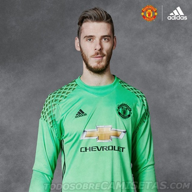 Manchester-United-2016-17-adidas-new-GK-kit-2.jpg
