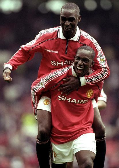 Manchester-United-98-99-UMBRO-firs-kit-red-white-black-Dwight-Yorke-Andy-Cole.jpg