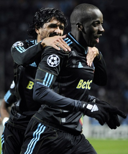 Marseille-10-11-adidas-euro-second-kit-black-black-black.jpg