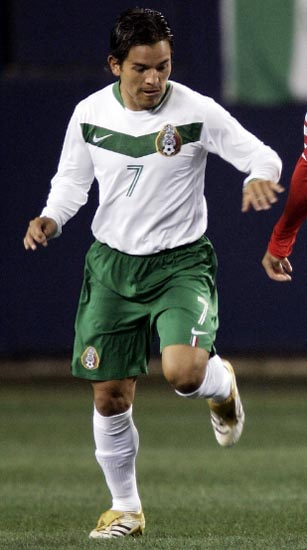 Mexico-06-NIKE-away-white-green-white.JPG