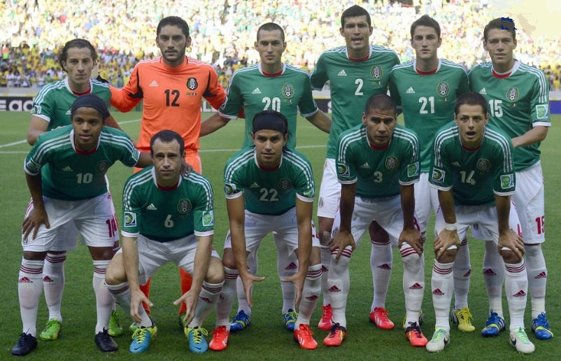 Mexico-11-13-adidas-home-kit-green-white-white-line-up.jpg