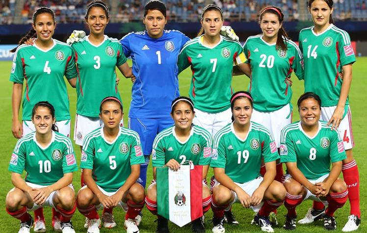 Mexico-12-adidas-U20-women-home-kit-green-white-red-line-up.JPG