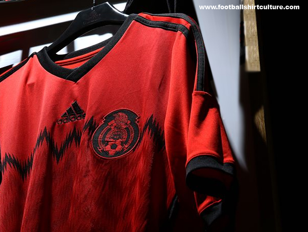 Mexico-2014-adidas-away-kit-6.jpg