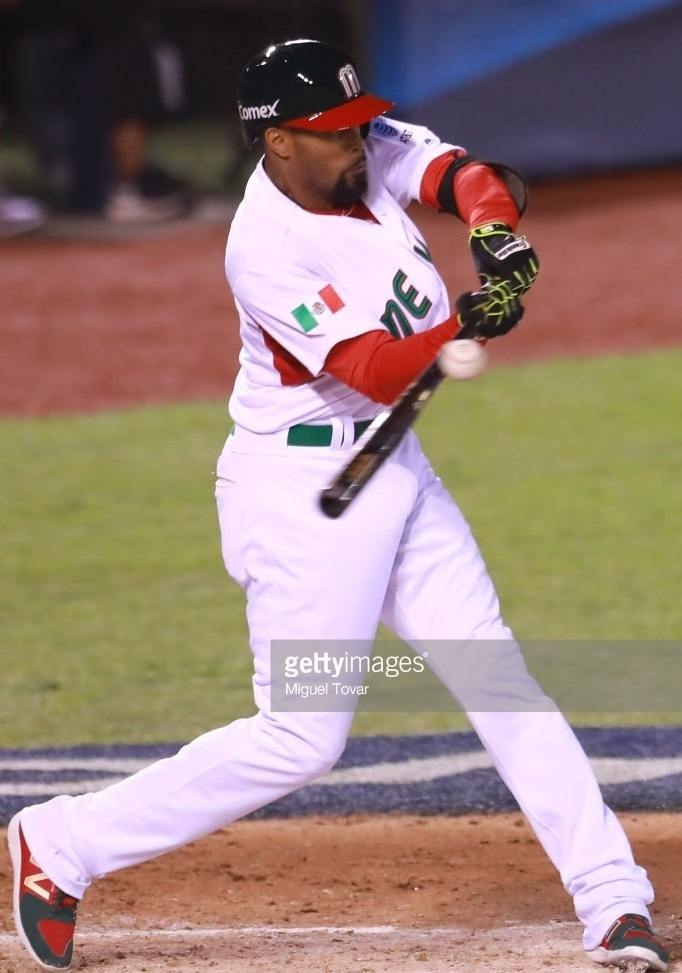 Mexico-2017-world-bassball-classic-home-kit-Chris-Roberson.jpg