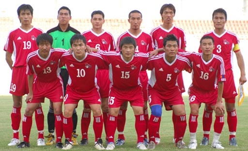 Mongolia-07-adidas-red-red-red-group.JPG