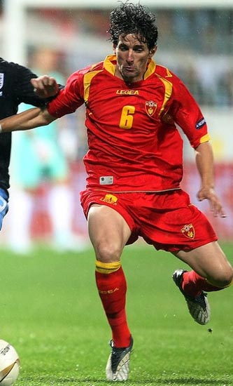 Montenegro-11-12-LEGEA-home-kit-red-red-red.JPG