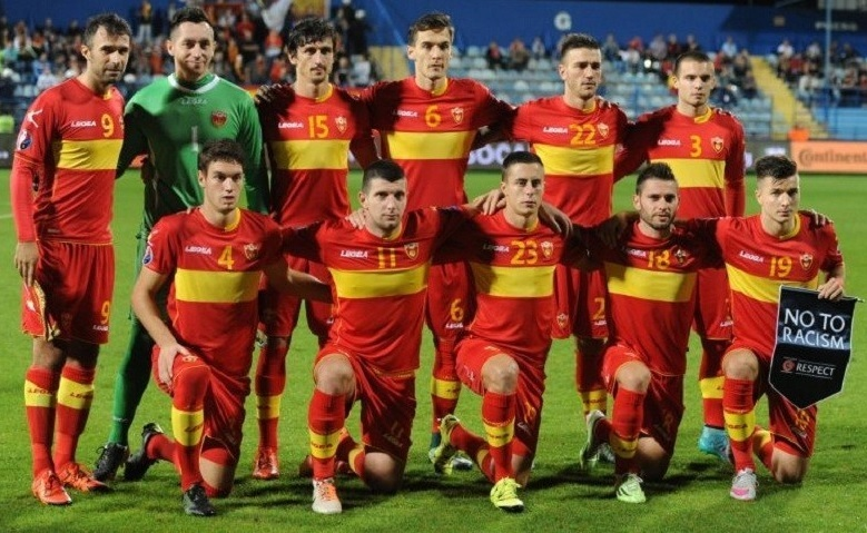 Montenegro-2015-16-LEGEA-home-kit-red-red-red-line-up.jpg