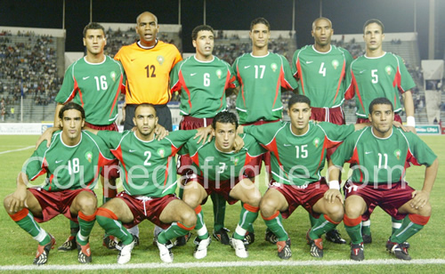 Morocco-03-04-NIKE-home-kit-green-dark red-green-line-up.jpg