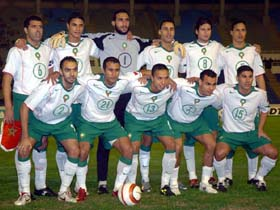 Morocco-04-06-NIKE-away-kit-white-green-white-line-up.jpg