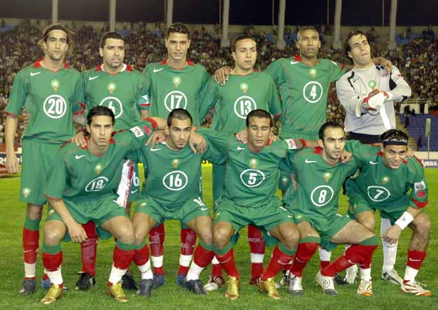 Morocco-04-06-NIKE-home-kit-green-green-red-line-up.jpg