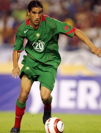 Morocco-04-06-NIKE-home-kit-green-green-red.jpg
