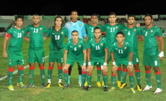 Morocco-08-09-PUMA-home-kit-green-green-green-line-up.jpg
