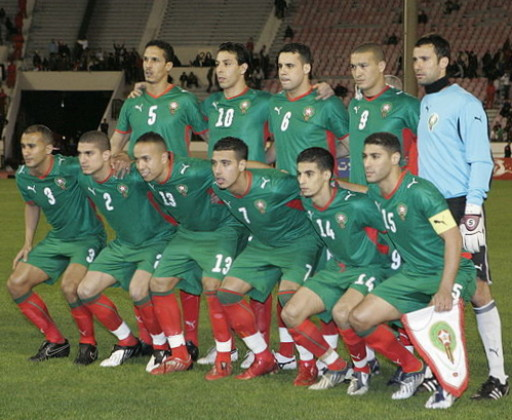 Morocco-08-09-PUMA-home-kit-green-green-red-line-up.jpg