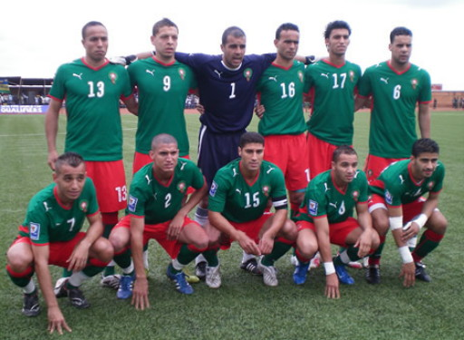 Morocco-08-09-PUMA-home-kit-green-red-green-line-up.jpg