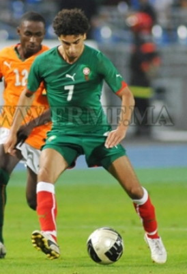 Morocco-10-11-PUMA-home-kit-green-green-red.jpg