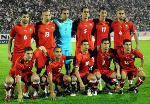 Morocco-10-11-PUMA-third-kit-red-red-red-line-up.jpg