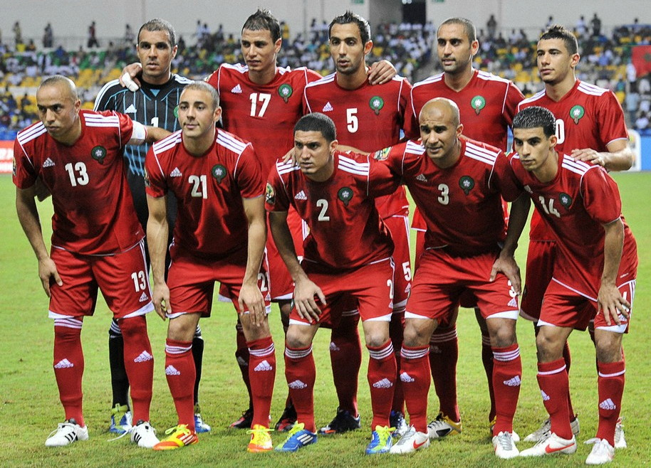 Morocco-12-adidas-red-red-red-line-up.jpg