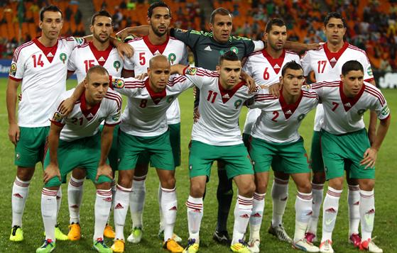 Morocco-13-adidas-away-kit-white-green-white-line-up.JPG