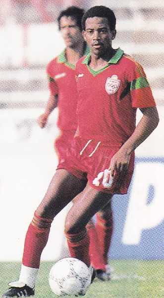 Morocco-86-adidas-away-kit-red-red-red.jpg