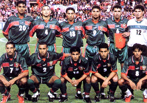 Morocco-98-99-PUMA-uniform-green-green-green-group.JPG