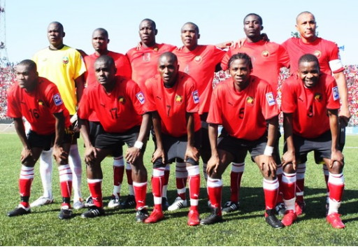 Mozambique-09-PUMA-home-kit-red-black-red-line-up.jpg