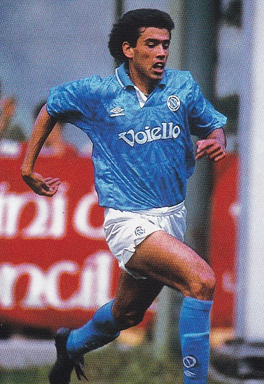 Napoli-92-93-UMBRO-first-kit-light-blue-white-light-blue-Daniel-Fonseca.jpg