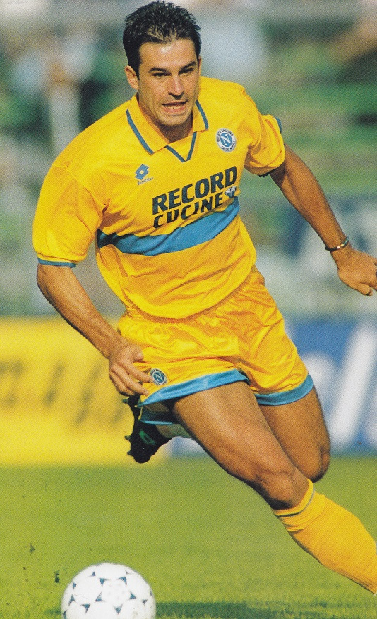 Napoli-95-96-lotto-third-kit-yellow-yellow-yellow.jpg