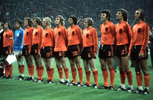 Netherland-74-unknown-orange-black-orange-row.JPG