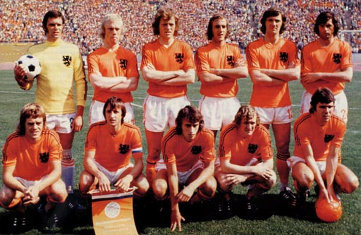 Netherland-74-unknown-orange-white-orange-group.JPG