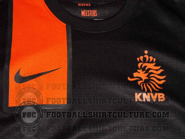 Netherlands-12-13-Nike-new-away-shirt-1.jpg