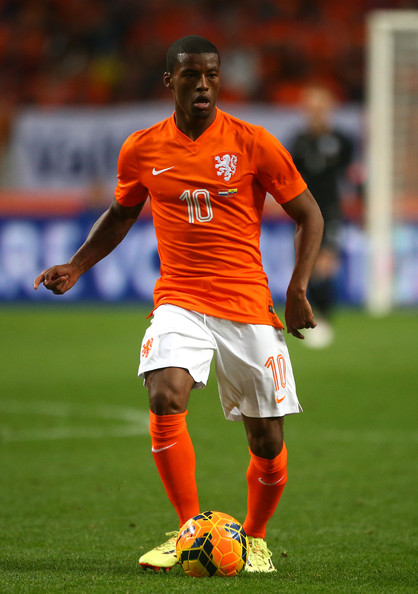 Netherlands-14-15-NIKE-home-kit-orange-white-orange.jpg