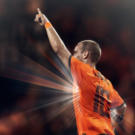 Netherlands-2012-NIKE-new-home-kit-14.jpg
