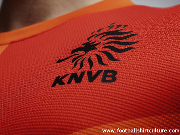 Netherlands-2012-NIKE-new-home-shirt-13.jpg