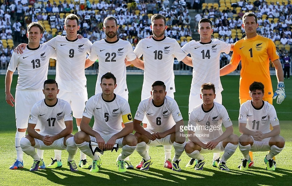 New-Zealand-2012-13-NIKE-home-kit-white-white-white-line-up.jpg