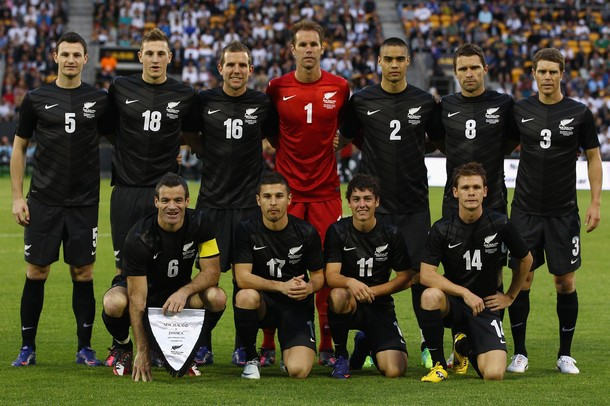 New Zealand-12-13-NIKE-away-kit-black-black-black-line-up.jpg