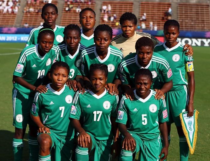 Nigeria-12-NIKE-U20-women-home-kit-green-green-green-before-game.JPG
