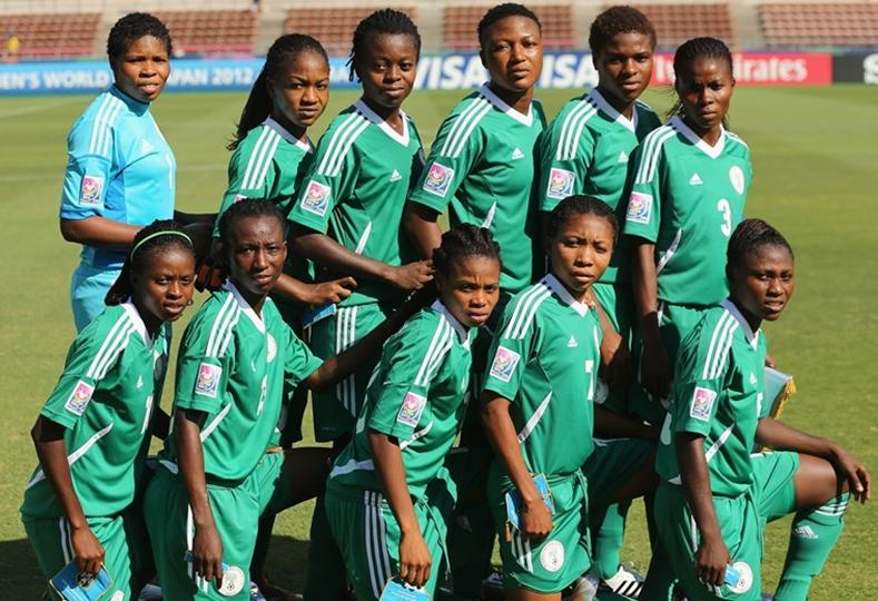 Nigeria-12-NIKE-U20-women-home-kit-green-green-green-pose.JPG