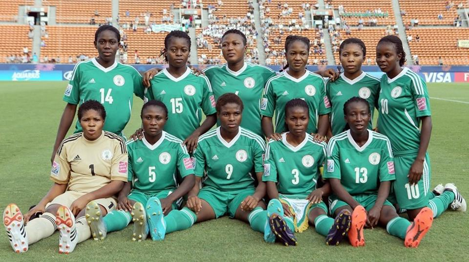 Nigeria-12-NIKE-U20-women-home-kit-green-green-green-sit.JPG