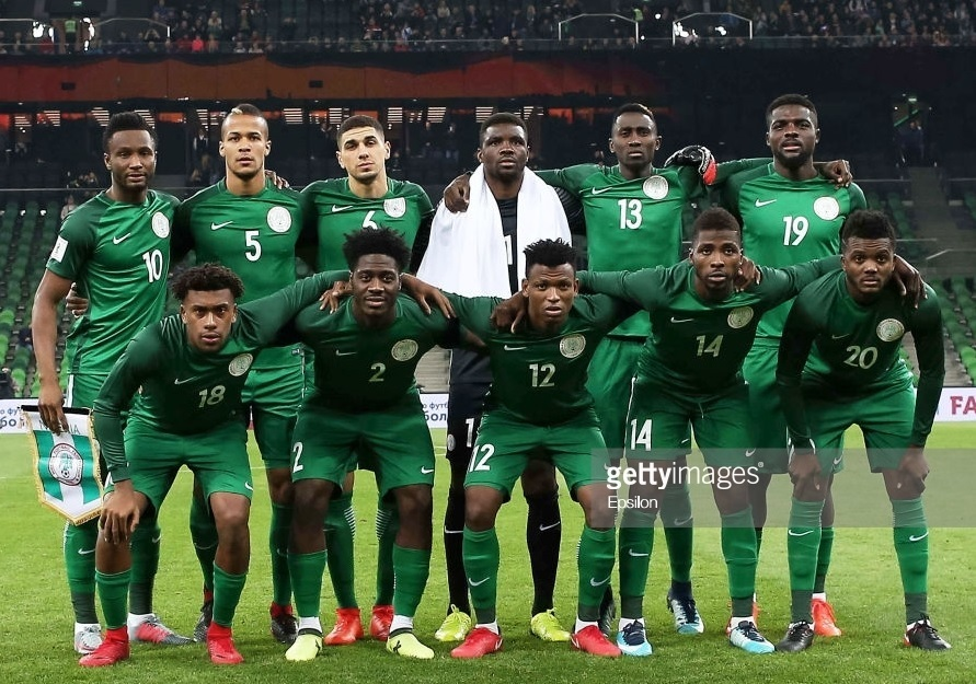 Nigeria-2017-NIKE-home-kit-green-green-green-line-up.jpg