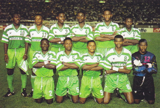 Nigeria-93-erima-home-kit-green-green-green-line-up.jpg
