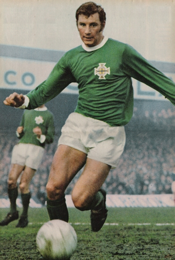 Northern-Ireland-60's-home-kit-green-white-green.jpg