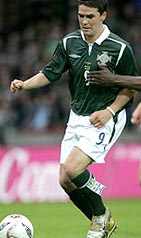 Northern Ireland-05-UMBRO-125th-green-white-green2.JPG