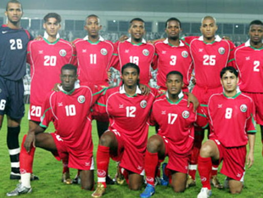 Oman-04-GRND SPORT-home-kit-red-red-red-line-up.jpg