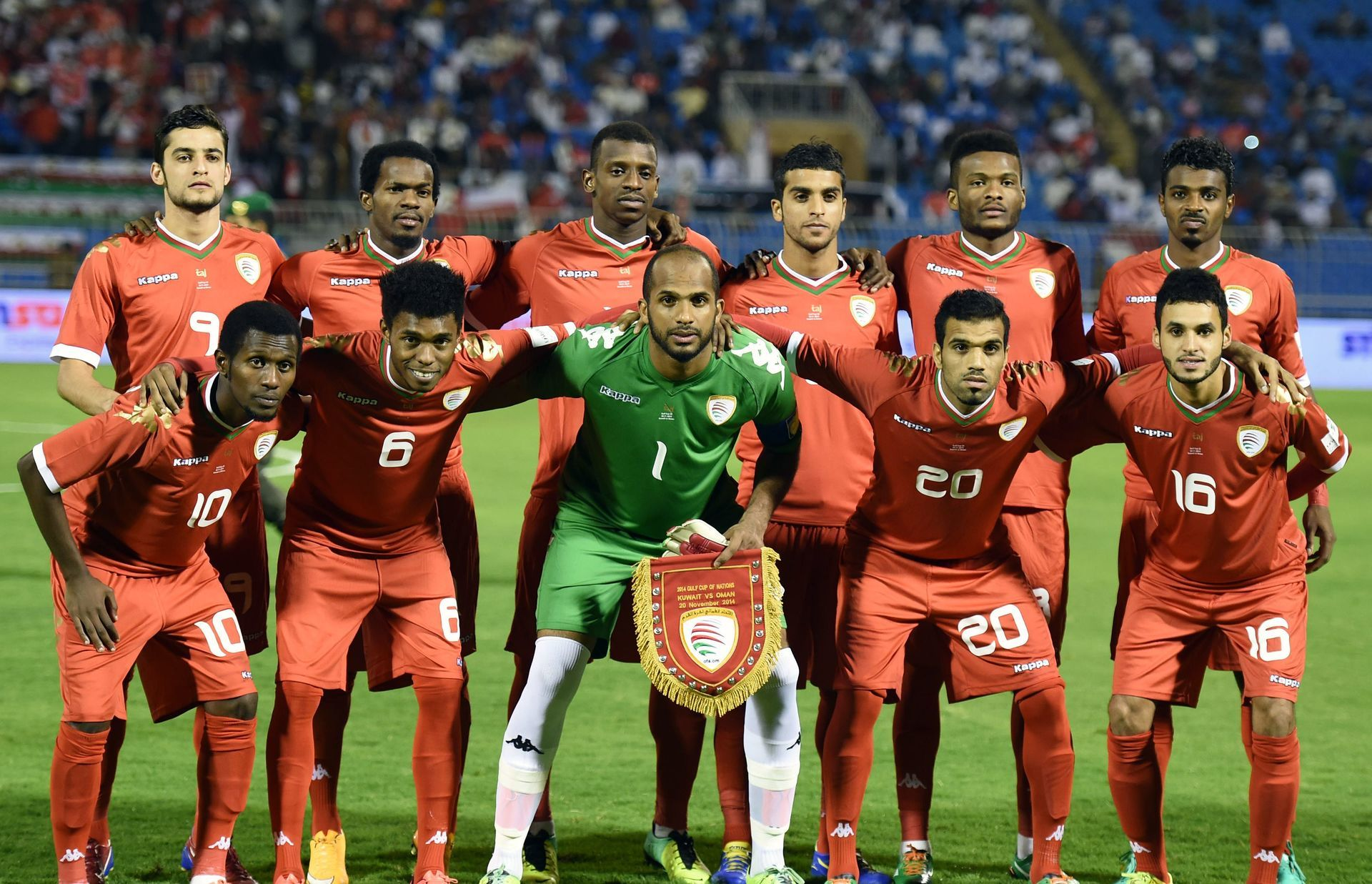 Oman-2015-Kappa-home-kit-red-red-red-line-up.jpg