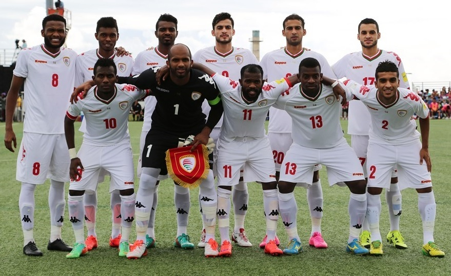 Oman-2015-Kappa-world-cup-qualifier-away-kit-white-white-white-line-up.jpg
