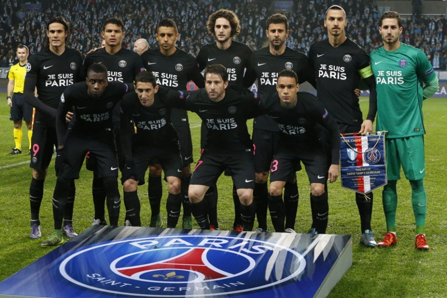 PSG-2015-NIKE-third-kit-JE-SUIS-PARIS-6.jpg